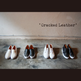 SLIP-ON & CHUKKA CRACKED LEATHER