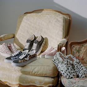 NY<span>のファッションデザイナー</span>Sandy Liang<span>と</span>Vans<span>のカプセルコレクションがリリース</span>